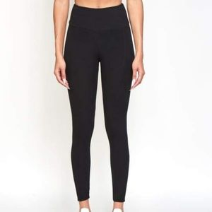 ANGELS Forever Young High Waisted Leggings
